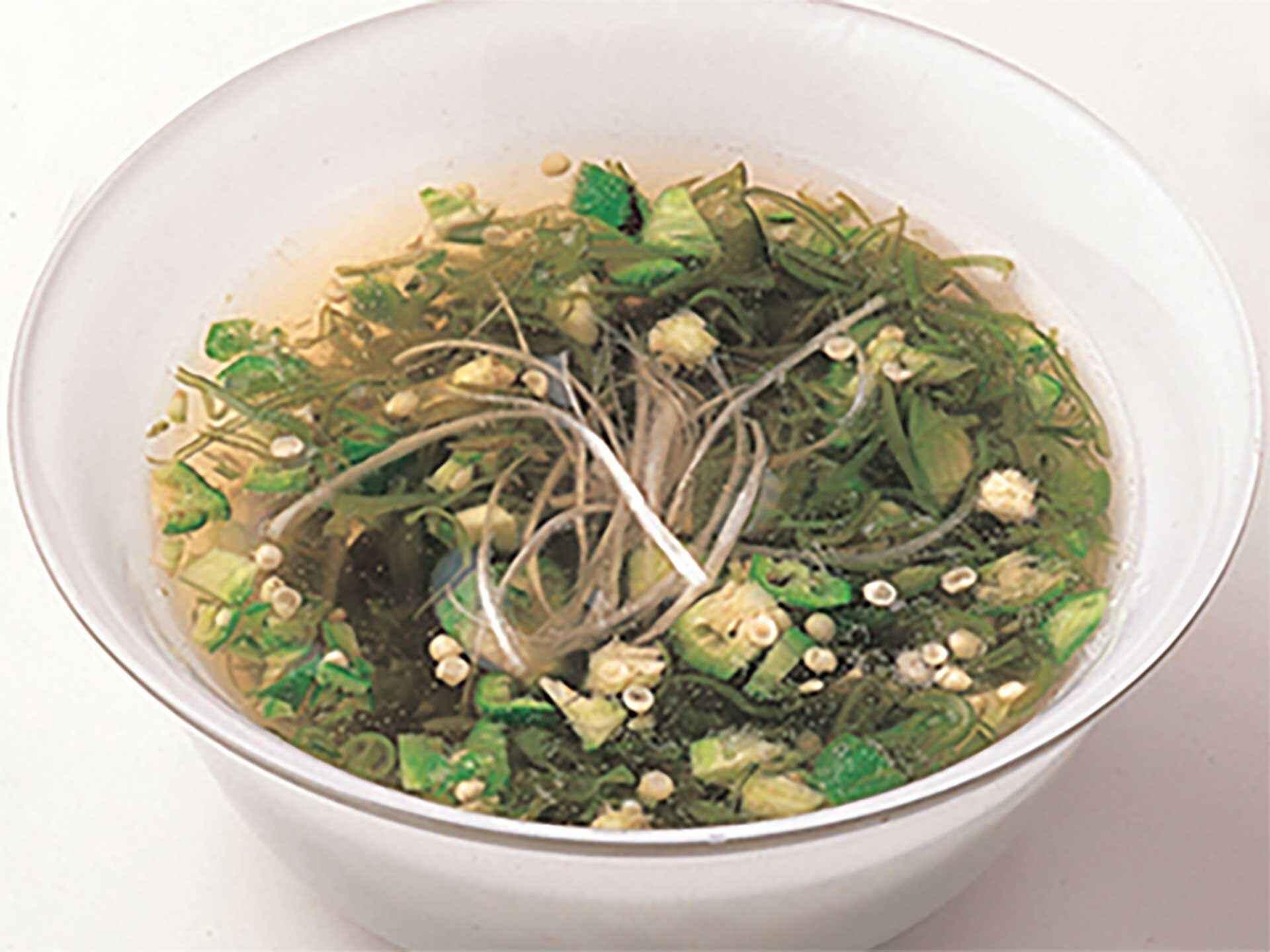 オクラとめかぶの冷製和風スープ:アスレシピ