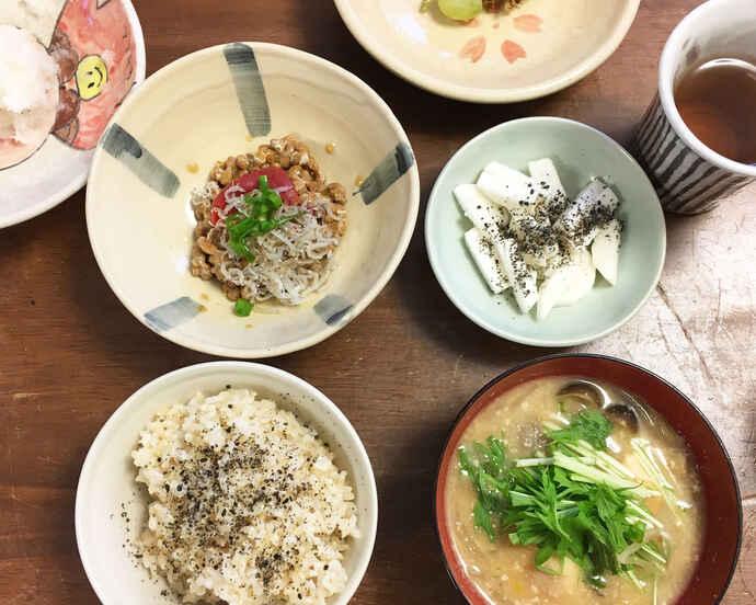 ご飯にお味噌汁、昔ながらの和食が我が家の定番です