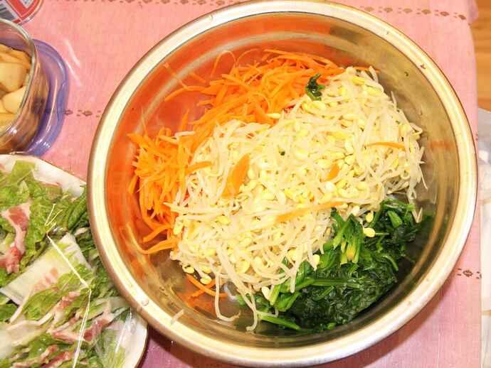 韓国の調味料「ダシダ」を使った特製ナムル
