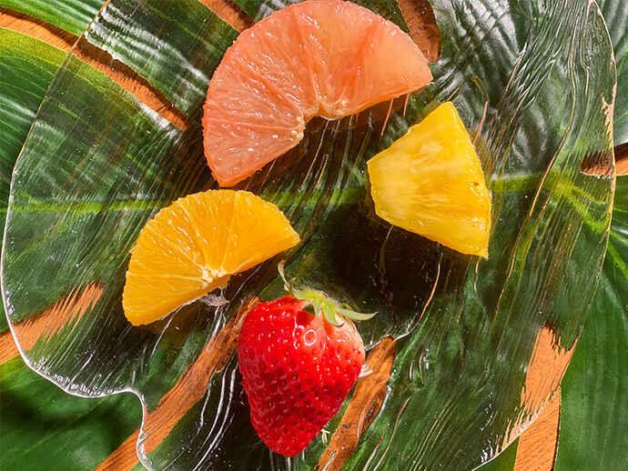 フルーツも彩りを鮮やかにする決め手