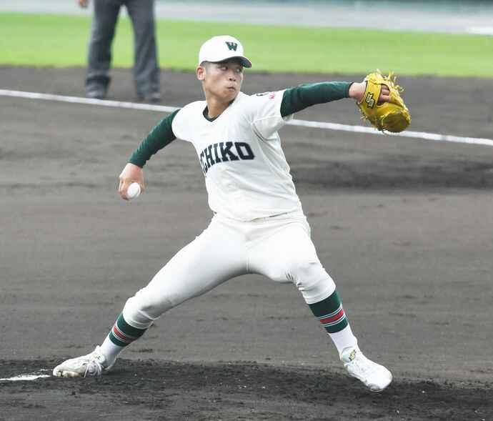 高校野球夏の地方大会で県和歌山との2回戦に先発する市和歌山・小園健太(撮影・和賀正仁)