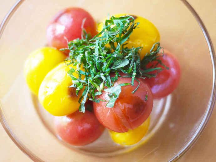 焼きトマトのオイルマリネ