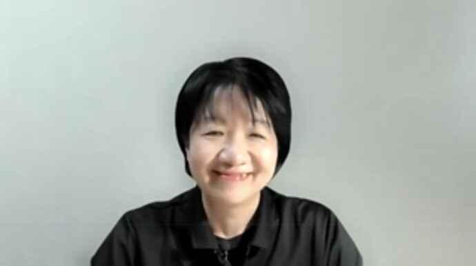 講義を進める月野和美砂さん